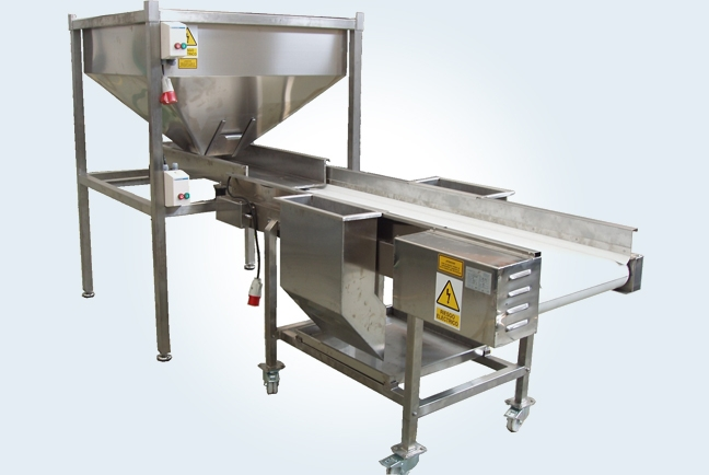 Auxiliary machines for processing potatoes 10