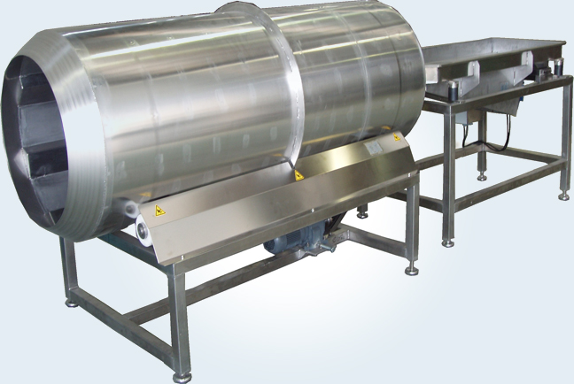 Auxiliary machines for processing potatoes